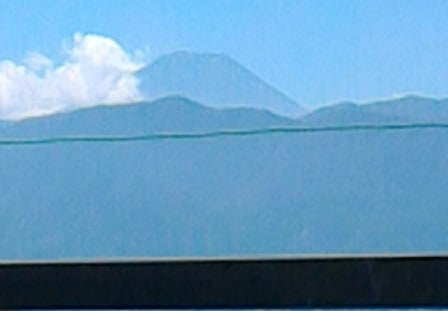 山梨大学医学部附属病院からの富士山
